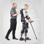 exoesqueleto con paciente